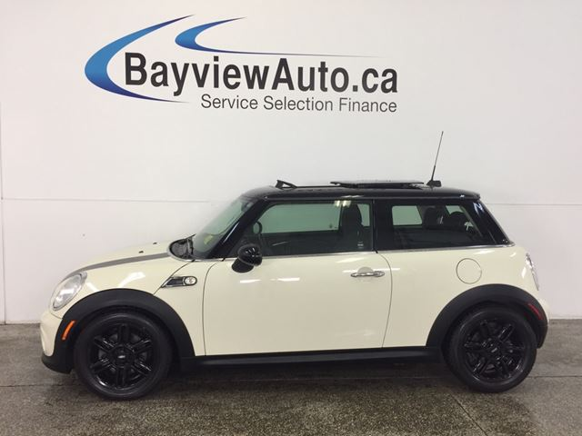 2013 MINI COOPER BAKER STREET-PANOROOF! HTD SEATS! CRUISE! A/C! in Belleville, Ontario
