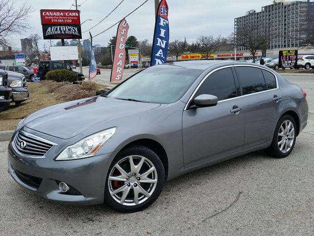 2010 INFINITI G37 Luxury AWD in Waterloo, Ontario