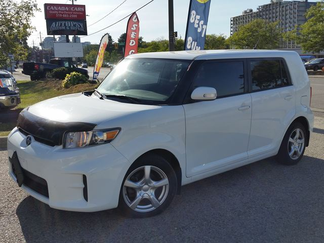 2011 SCION XB 5spd in Waterloo, Ontario