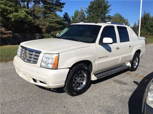 2005 CADILLAC ESCALADE EXT EXT / - CERTIFY YOURSELF $ SAVE $$$$$ in Fonthill, Ontario