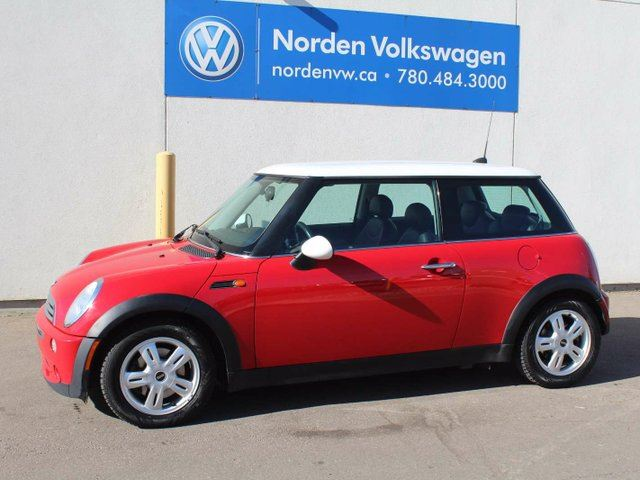 2006 MINI COOPER 5spd in Edmonton, Alberta