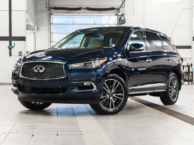 2017 INFINITI QX60 3.5 All-wheel Drive with Premium, Deluxe Touring and Technology Package in Kelowna, British Columbia