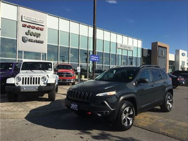2017 JEEP CHEROKEE Trailhawk3.2L,NAV,CAMERA,PREMIUM LEATHER in Pickering, Ontario