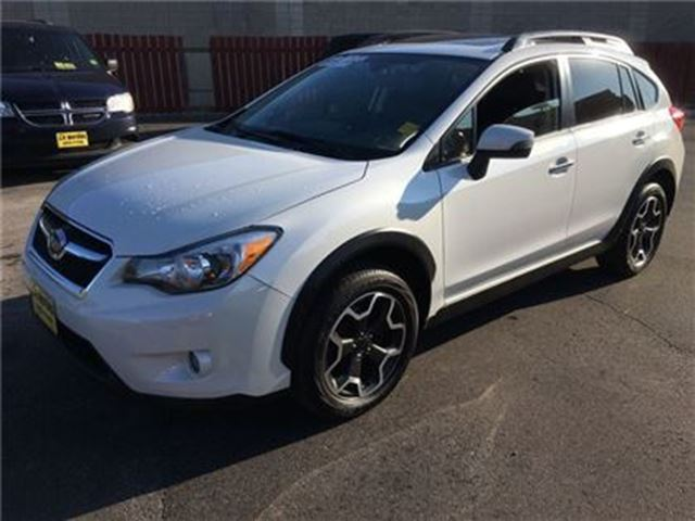 2015 SUBARU XV CROSSTREK 2.0i w/Limited/Tech Pkg in Burlington, Ontario