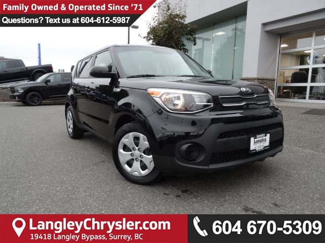 2017 KIA SOUL LX *ACCIDENT FREE*ONE OWNER*LOCAL BC CAR* in Surrey, British Columbia