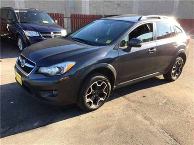 2014 SUBARU XV CROSSTREK Limited, Auto, Leather, Sunroof, AWD in Burlington, Ontario