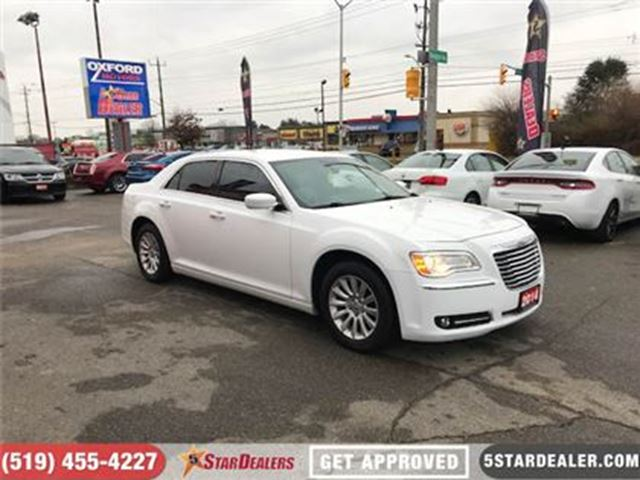2014 CHRYSLER 300 RWD in London, Ontario