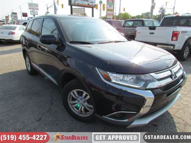 2017 MITSUBISHI OUTLANDER ES   AWD   ONE OWNER   CAM   HEATED SEATS in London, Ontario