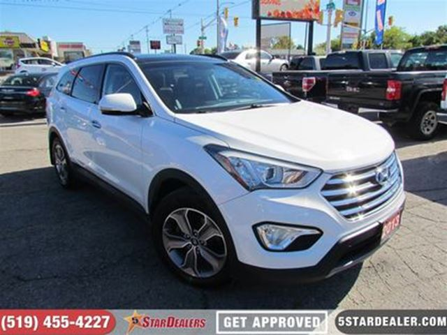 2013 HYUNDAI SANTA FE GLS AWD in London, Ontario