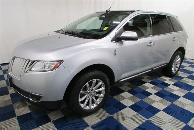 2011 LINCOLN MKX AWD/NAV/LEATHER/FULLY LOADED! in Winnipeg, Manitoba