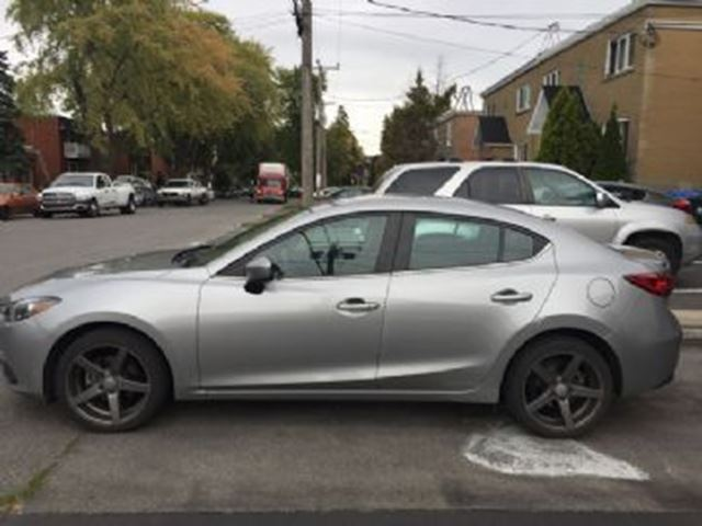 2015 MAZDA MAZDA3 GS w/ additional 18 inch summer mags in Mississauga, Ontario