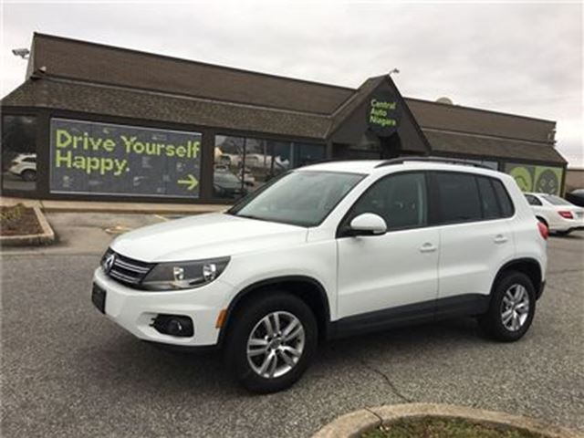 2015 Volkswagen Tiguan TRENDLINE / HEATED SEATS / ALLOY RIMS / FOGLIGHTS in Fonthill, Ontario