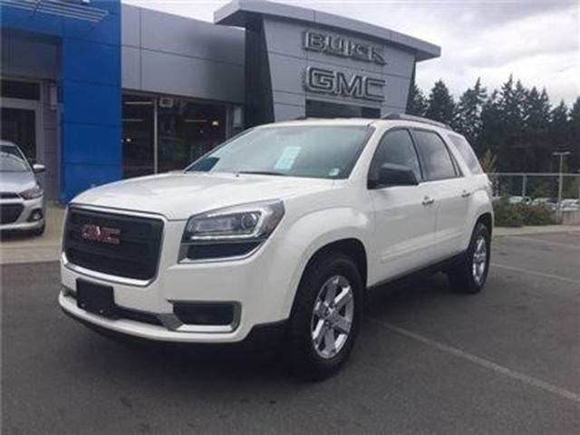 2015 GMC ACADIA SLE in Victoria, British Columbia