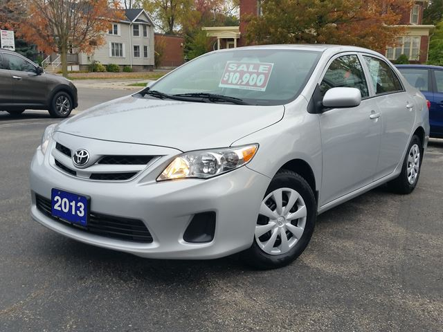 2013 toyota corolla ce sunroof heated seats dunnville ontario car for sale 2899812. Black Bedroom Furniture Sets. Home Design Ideas