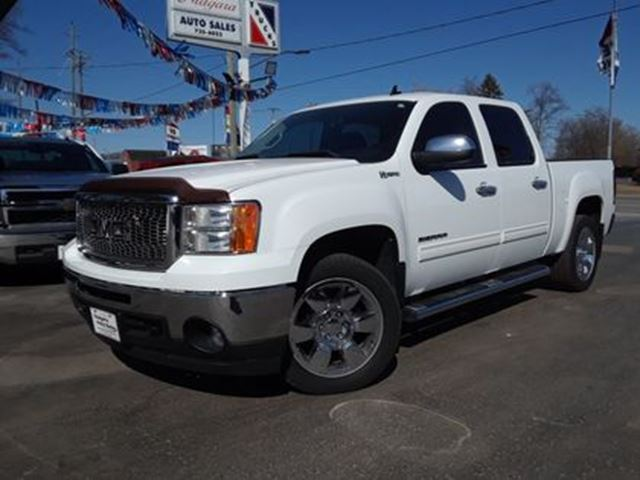 2011 GMC Sierra 1500 CREW CAB 4X4 WOW !! SWEET TRUCK !! in Welland, Ontario