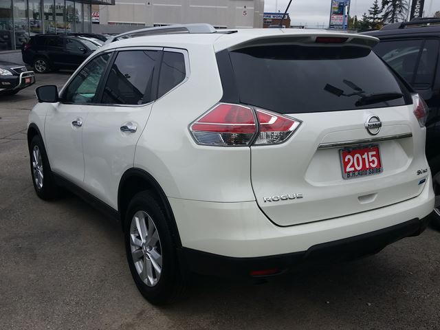 2015 nissan rogue sv navigation sunroof 7 seater awd white for 24995 in brampton. Black Bedroom Furniture Sets. Home Design Ideas
