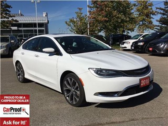 2016 CHRYSLER 200 C**PANORAMIC SUNROOF**LEATHER HEATED SEATS** in Mississauga, Ontario