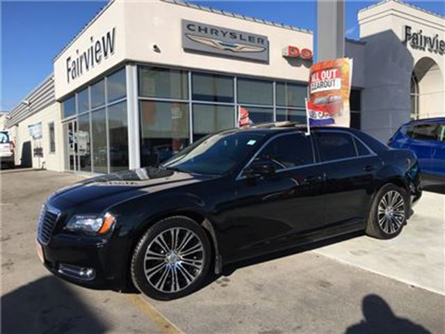 2014 CHRYSLER 300 S in Burlington, Ontario