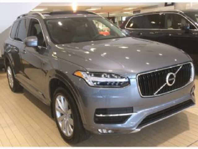 2017 VOLVO XC90 T5 AWD Momentum, 7P, w/ Climate Package in Mississauga, Ontario