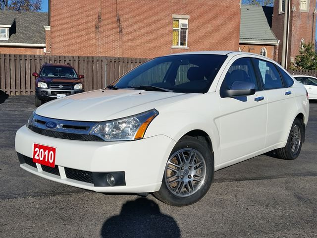 2010 Ford Focus SE,ALLOYS,SYNC in Dunnville, Ontario