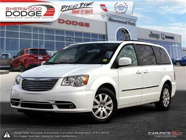 2016 CHRYSLER TOWN AND COUNTRY TOURING FLEX FUEL PWR SEAT SIRIUS RR CAM in Sherwood Park, Alberta