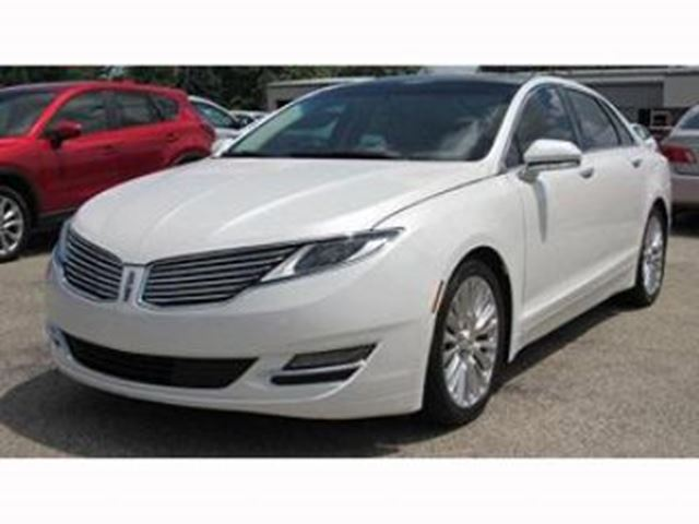 2015 LINCOLN MKZ hybrid + toit ouvrant in Mississauga, Ontario