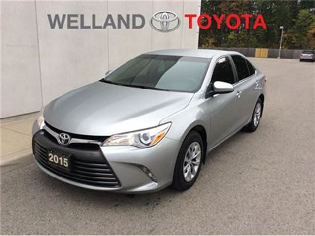 2015 TOYOTA CAMRY LE in Welland, Ontario