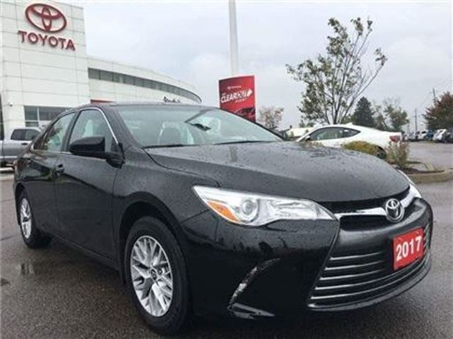 2017 TOYOTA CAMRY LE in Stouffville, Ontario