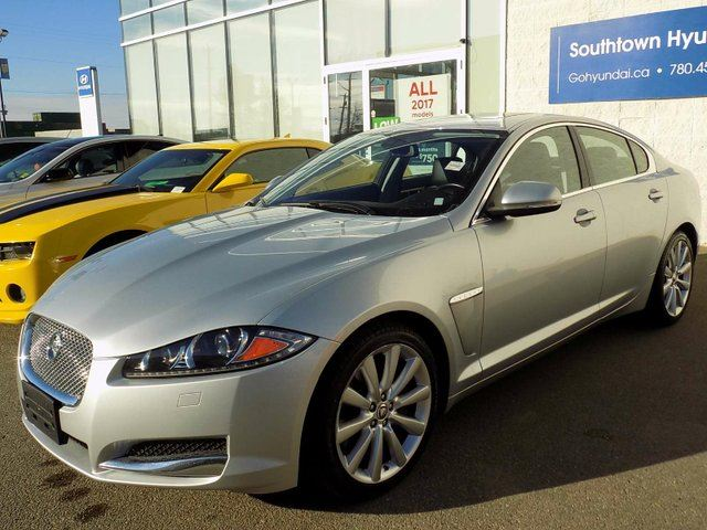 2013 JAGUAR XF AWD/LEATHER/SUNROOF in Edmonton, Alberta