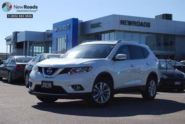 2016 NISSAN ROGUE SV, LOW KM'S, ONE OWNER, NO ACCIDENT in Newmarket, Ontario