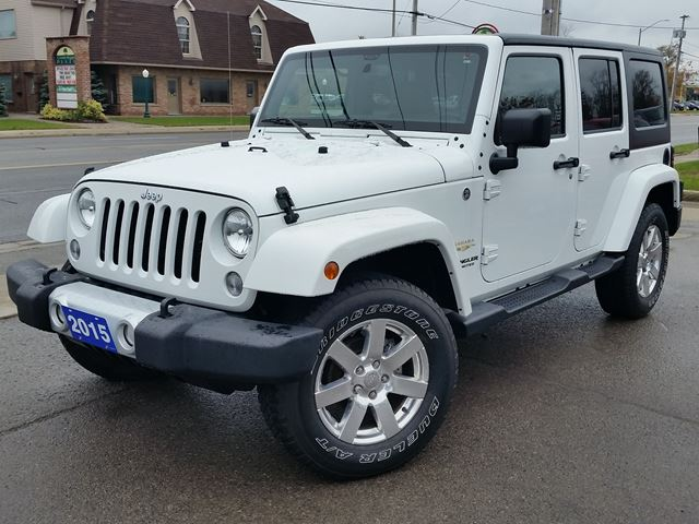 2015 JEEP WRANGLER Unlimited Sahara in Fort Erie, Ontario