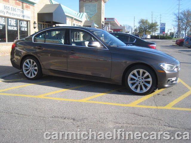 2013 BMW 3 SERIES 328i X DRIVE,AWD,PREMIUM & MODERN PKG,SUNROOF,HEAT in Mississauga, Ontario