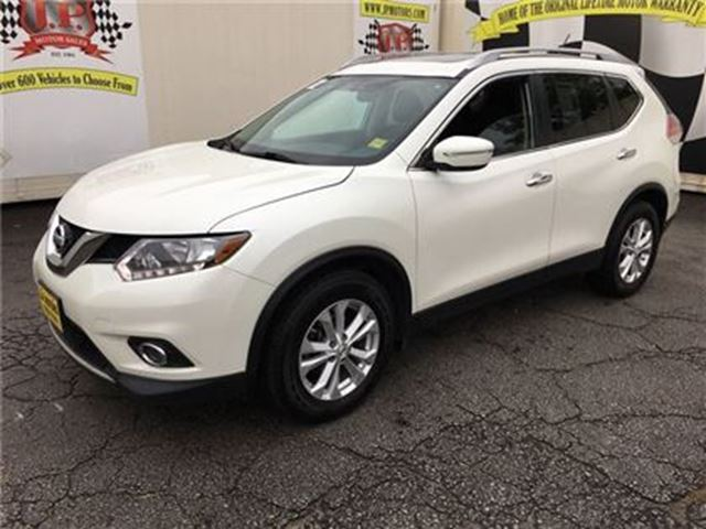 2015 NISSAN ROGUE SV, Automatic, Panoramic Sunroof, Only 25, 000km in Burlington, Ontario