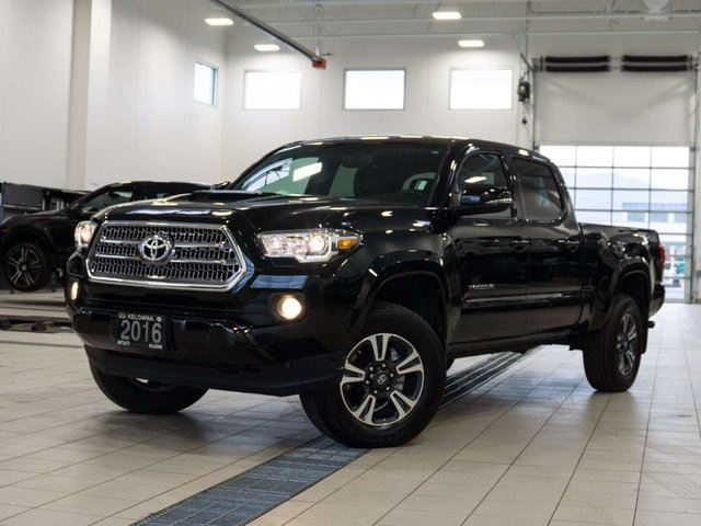 2016 TOYOTA TACOMA TRD Sport V6 DoubleCab 4WD w/Leather in Kelowna, British Columbia