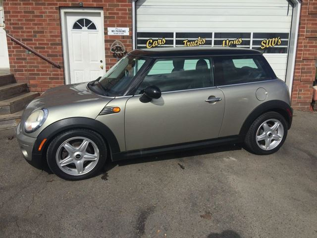 2008 MINI COOPER Base in Bowmanville, Ontario
