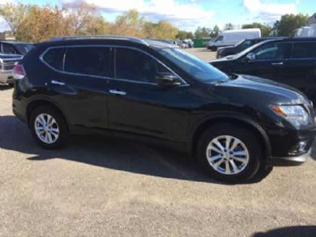 2016 NISSAN ROGUE SV AWD in Mississauga, Ontario