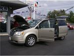 2009 Chrysler Town and Country DYNAMITE VAN !! WITH STOW AND GO !! in Welland, Ontario