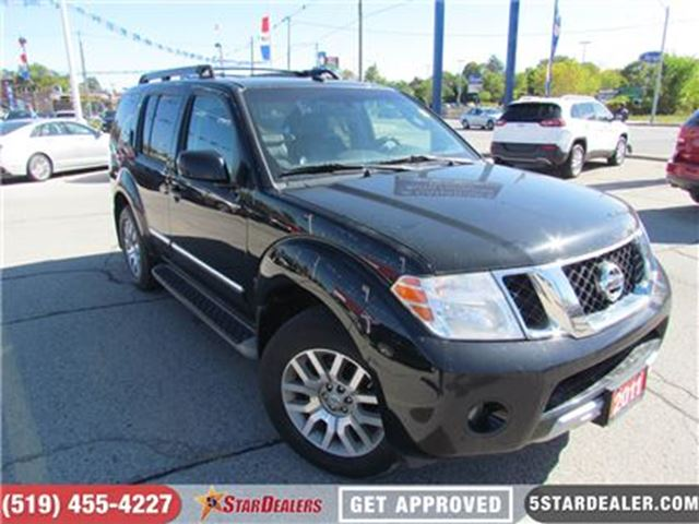 2011 NISSAN PATHFINDER SILVER EDITION 4WD in London, Ontario