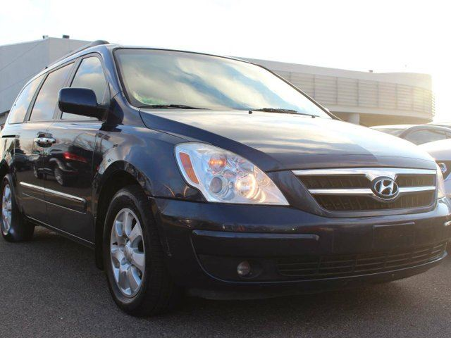 2008 HYUNDAI ENTOURAGE GLS PRIVATE SALE PRICE, DEALER QUALITY in Edmonton, Alberta