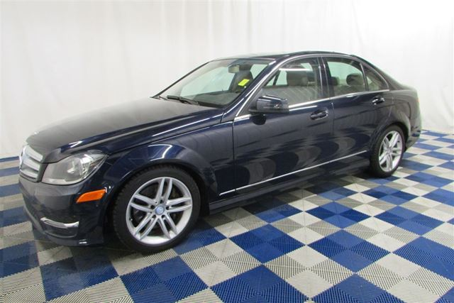 2013 MERCEDES-BENZ C-CLASS 300 4MATIC AWD/ACCIDENT FREE! in Winnipeg, Manitoba