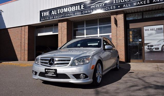 2010 MERCEDES-BENZ C-CLASS 4MATIC AWD LOW KMS NO ACCIDENT SUNROOF LEATHER in Mississauga, Ontario