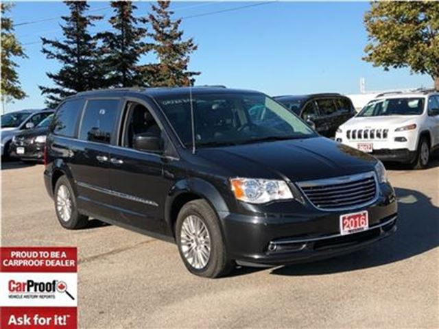 2016 CHRYSLER TOWN AND COUNTRY TOURING**DUAL DVD**POWER SUNROOF** in Mississauga, Ontario