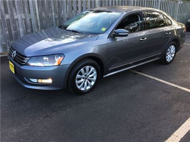 2013 VOLKSWAGEN PASSAT Trendline, Auto, Steering Wheel Controls, Diesel in Burlington, Ontario