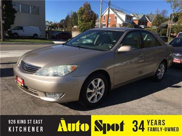 2005 TOYOTA CAMRY XLE/ LOW, LOW KMS!/TOP OF THE LINE CREAM PUFF! in Kitchener, Ontario