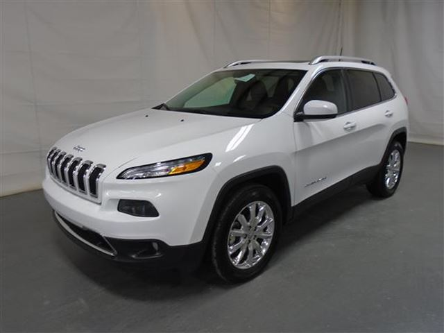 2016 JEEP CHEROKEE LIMITED CUIR TOIT PANO NAV 4X4 in Mascouche, Quebec