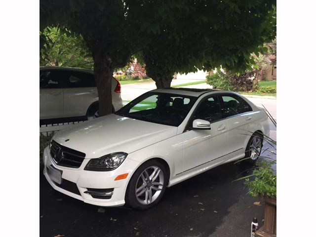 2014 MERCEDES-BENZ C-CLASS 4dr Sdn C300 4MATIC in Mississauga, Ontario