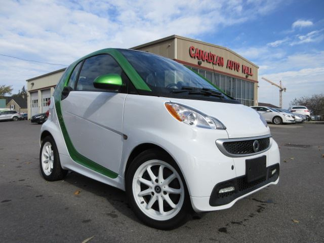 2014 Smart Fortwo Electric Drive ELECTRIC, PASSION, ROOF, 23K! in Stittsville, Ontario