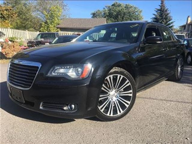 2012 CHRYSLER 300 S V6 NAVIGATION LEATHER MOON ROOF in St Catharines, Ontario