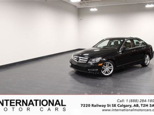 2013 MERCEDES-BENZ C-Class C300 4MATIC! LOW LOW KMS! MINT! in Calgary, Alberta