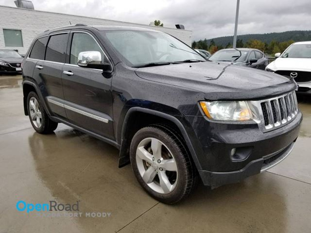2011 JEEP GRAND CHEROKEE Overland V8 A/T 4WD Leather Panoramic Sunroof N in Port Moody, British Columbia